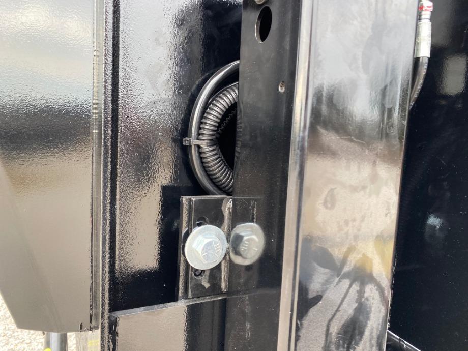 Air Ride Gooseneck Trailer With Triple Axles Air Ride Trailers